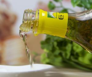 廉价黄酒可能是香精色素勾兑而成