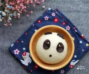 萌萌哒熊猫豆沙包
