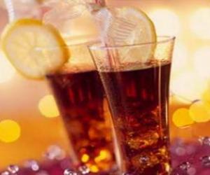 """墨西哥人被啥""""养胖""""?人均每年喝163公升碳酸饮料"""
