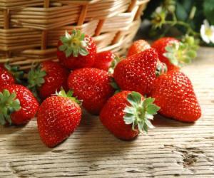 """阿联酋宣布""""太空农业计划"""":或在火星种草莓"""