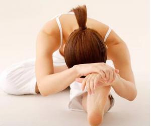 睡前趴10分钟,等于跑步1小时!每天一次,还能调理多种慢性病