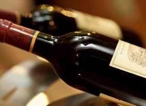 晚上喝红酒的最佳时间