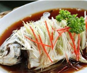 4个实用技巧助你买到最新鲜的鱼