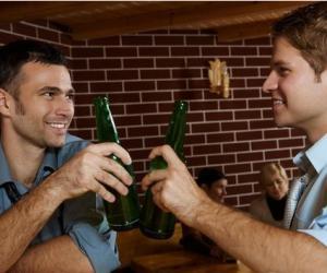 喝酒不上脸的人酒量更好吗?
