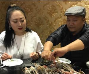 国内首家鲜活淡水龙虾实体店落户燕郊