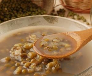 夏季喝绿豆汤消暑解毒还护肾