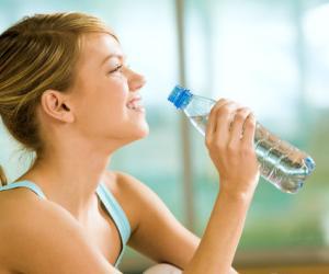 喝水不当对身体也有害!怎样喝水才健康?