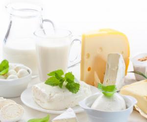 牛奶和酸奶到底哪个更营养?